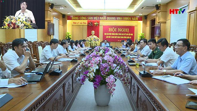 Chủ trì tại điểm cầu Hà Tĩnh có Trưởng ban Tuyên giáo Tỉnh ủy Võ Hồng Hải