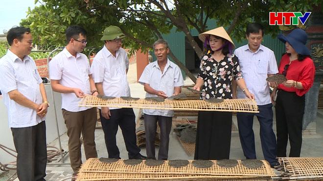 Đoàn công tác HĐND tỉnh kiểm tra cơ sở sản xuất bánh Đa...